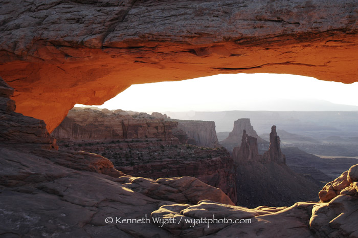 Mesa Arch, Canyonlands, Utah, desert, red rock, arch, sunris photo