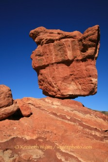 Garden of the Gods, Balanced Rock, rock, Colorado Springs, C